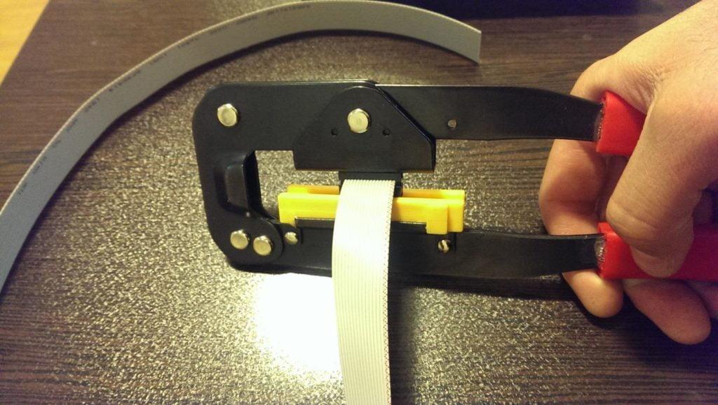 استفاده از یک کارت کنترل برای راه اندازی دو نمایشگر - 3